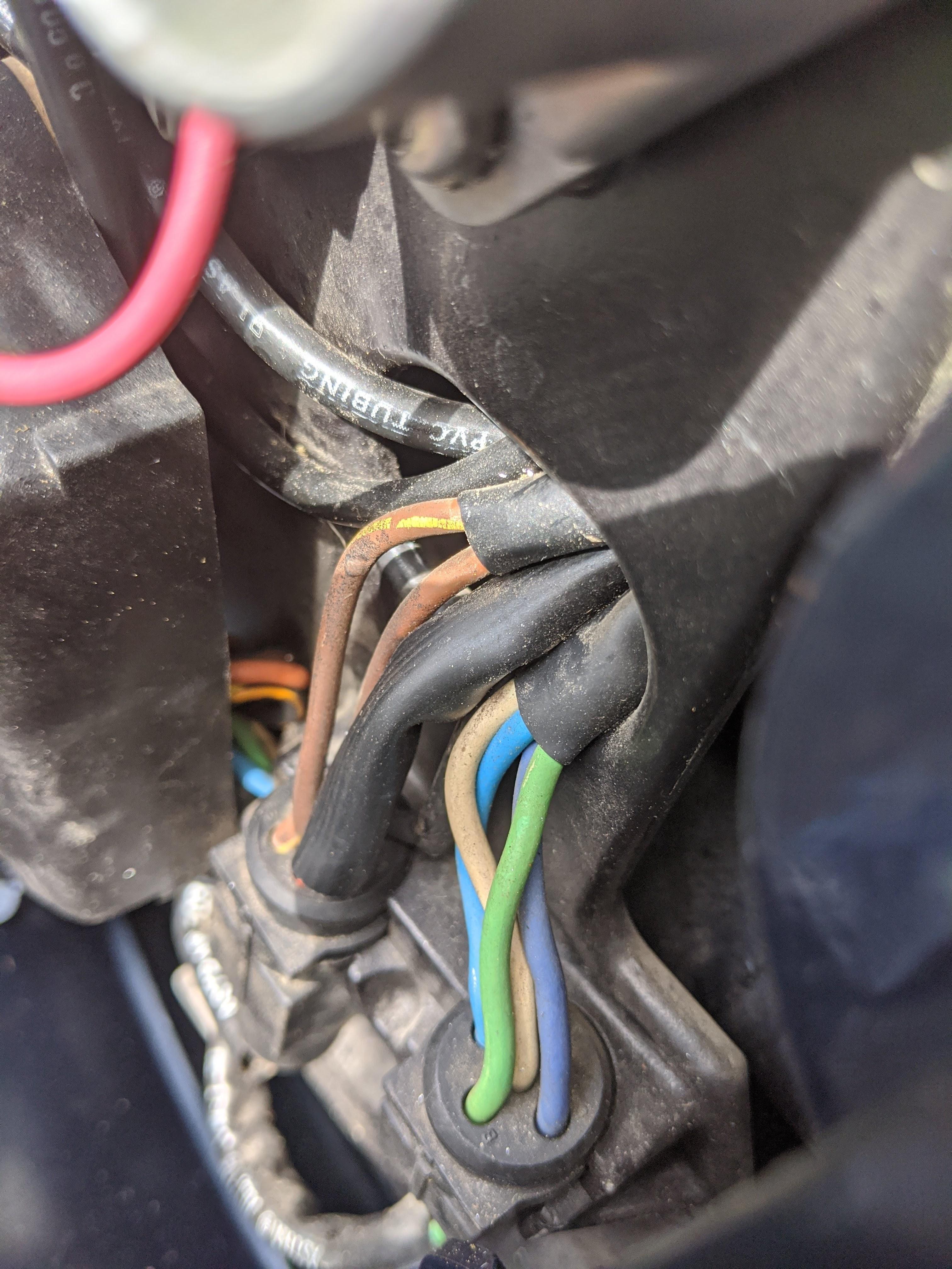 Mobile Marine Mechanic Victoria BC Wires